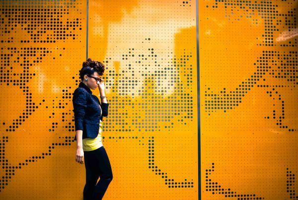 orange-stillettos-heels_top-fashion-bloggers-melbourne_africas-famous-fashion-bloggers_melbournes-famous-fashion-bloggers_new-yorks-best-fashion-bloggers_best-natural-hair-bloggers-15